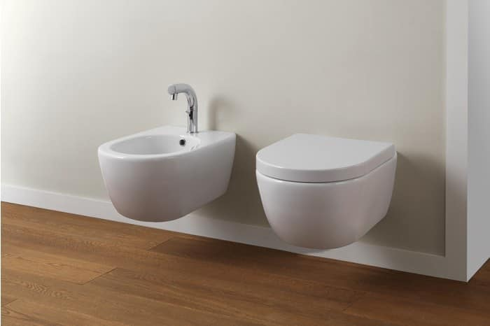 wall hung wc and bidet made of ceramic idfdesign. Black Bedroom Furniture Sets. Home Design Ideas