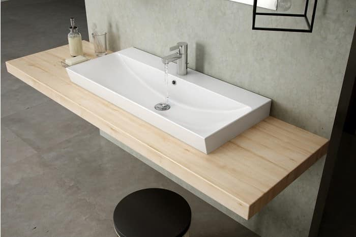 ceramic sink with overflow idfdesign. Black Bedroom Furniture Sets. Home Design Ideas