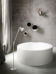 Picture of HOLE round bathtub, suitable for beauty center