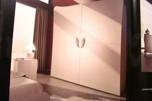 Butterfly, Wardrobe with 2 sliding doors, for luxury hotels