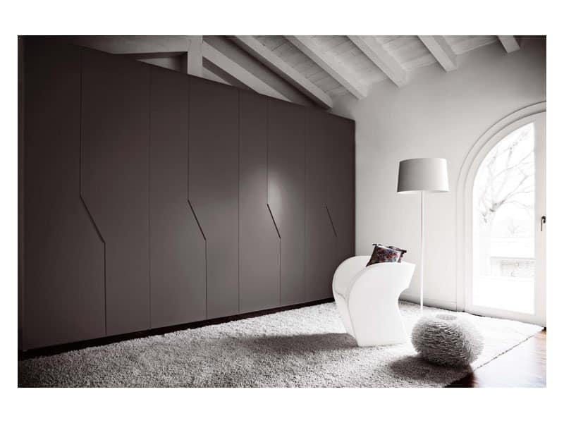Wardrobe Diagona Hinged Door 1