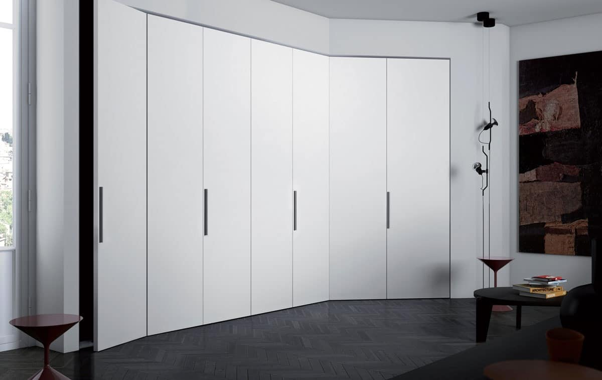 Wardrobes in wood Plana door