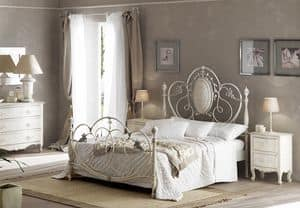 Picture of Caruso bed, sumptuously decorated bed