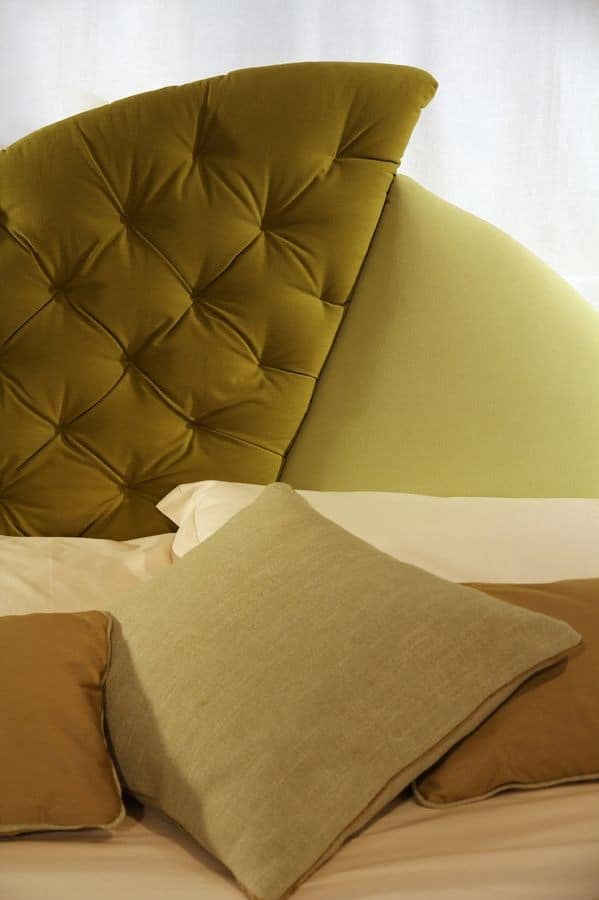 Vogue, Upholstered bed, original headboard, for classic hotels