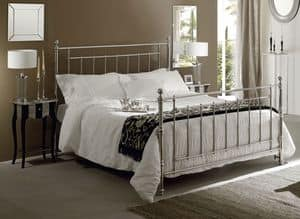 Picture of Inglese bed, beds with brass details