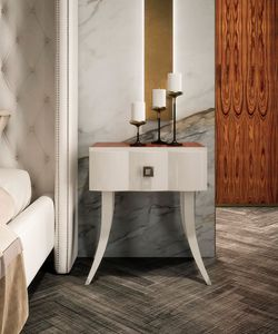 Art. 3018, Lacquered bedside table with drawer
