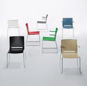 Easy 02, Stackable chair in metal and polypropylene, with armrests