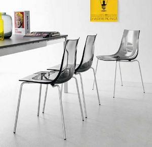 Spot, Chair with shell in polycarbonate