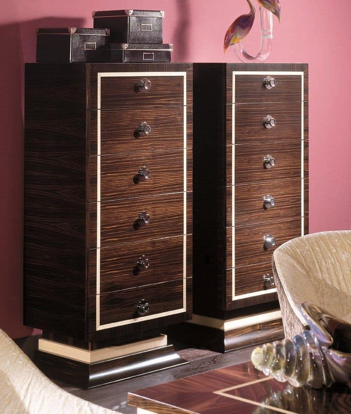 926, Veneered chests of drawers, 6 drawers, in ebony and maple essence