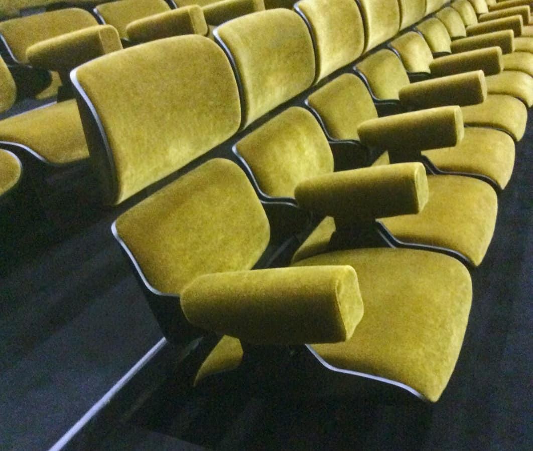 Eliseo, Stuffed armchair for Theater hall