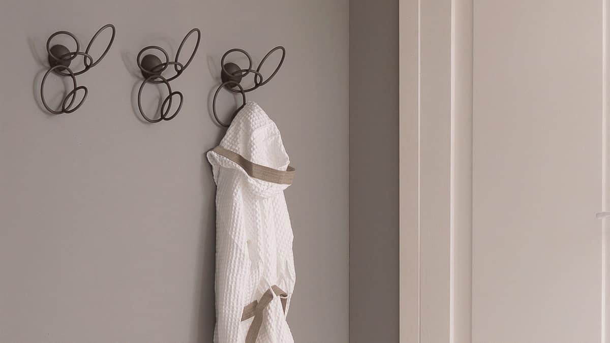 Mondrian coatrack, Wall Hanger, in manually curved iron
