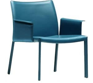 Nuvola ATB, Armchair with large seat, covered in leather