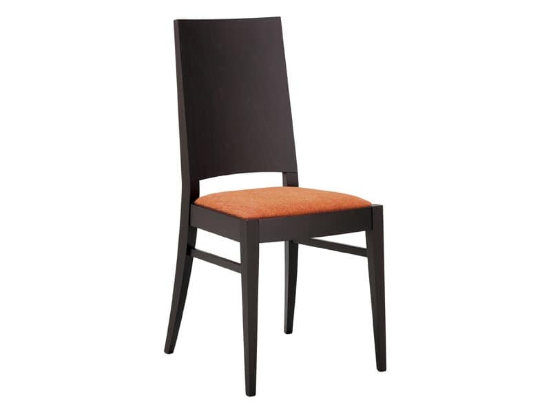 SE 121, Wooden chair with padded seat and full backrest