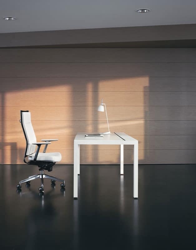 KosmoPlus, Directional chair with armrests, aluminum frame