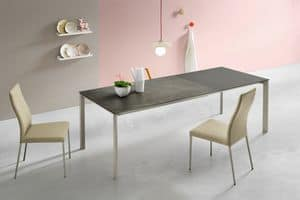 Klass L, Extendable dining table with two extensions