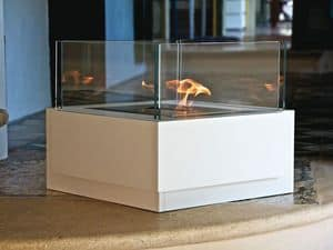 Picture of Sushi, minimal fireplace
