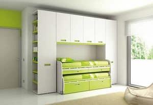 Bridge KP 115, Bedroom with deck and wardrobes with ergonomic handle