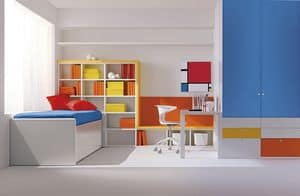 Comp. 113, Compact room for children, primary colors, attention to detail