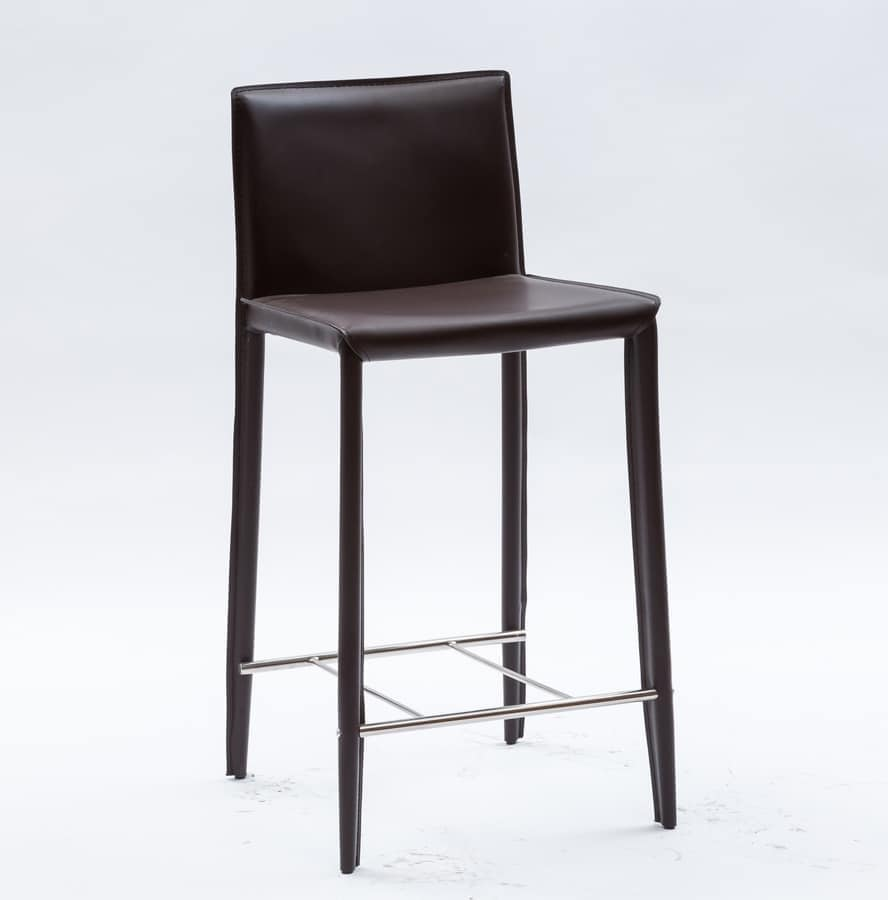 Stool For Kitchen And Hotel In Regenerated Leather