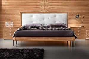 Diamante Art. 38.374, Quilted bed with leather headboard, with foot steel