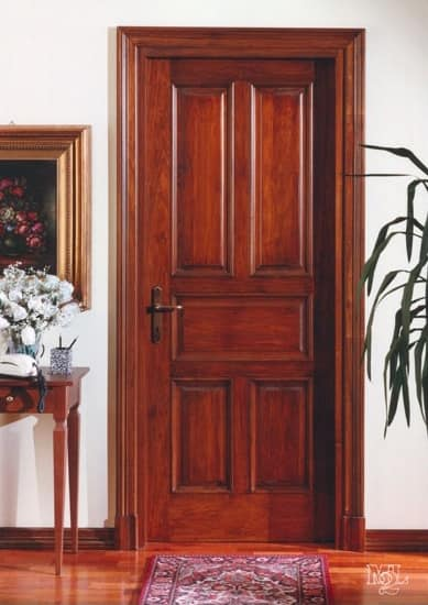 Classic complement Heartwood Door