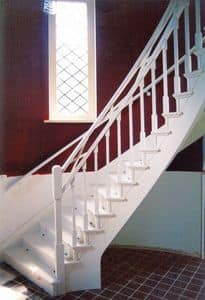 White stairs, Stairs in classic style, for residential use and hotels