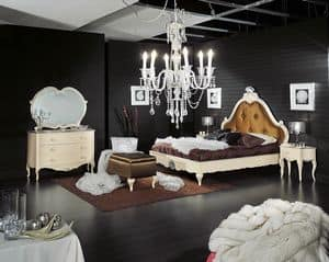 Art. 726, Lacquered double bed, with headboard tufted
