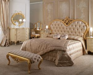 Art. 9058.200, Bed with capitonné headboard in silk