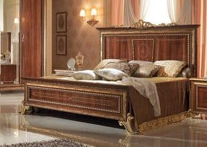 Giotto letti, Walnut bed with golden finishes, luxurious classic style