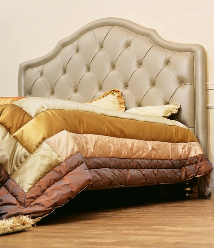 Classic Double Bed With Upholstered Headboard Tufted