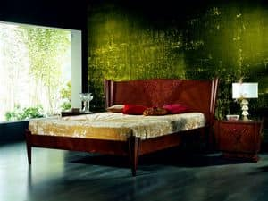 LE05 Fusion, Bed with inlay hand, classical luxurious style