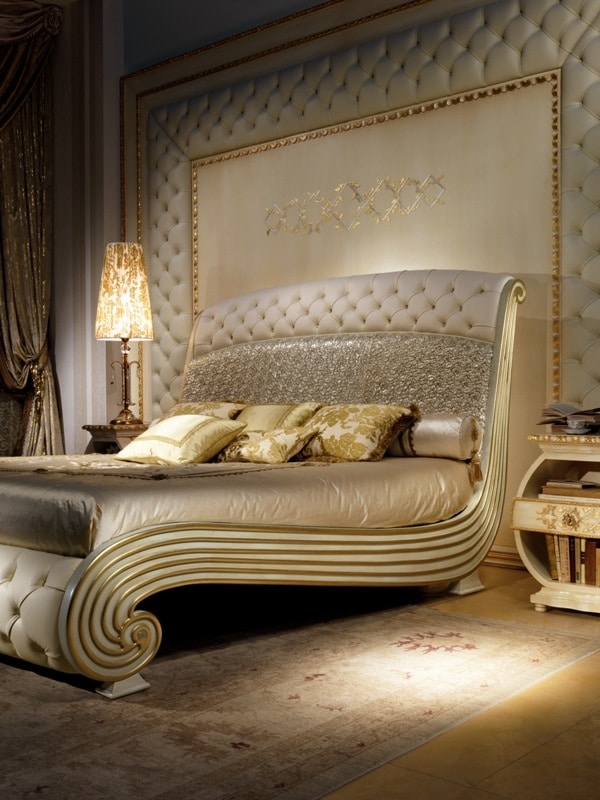 Luxurious Lacquered Bed Quilted Headboard And Footboard
