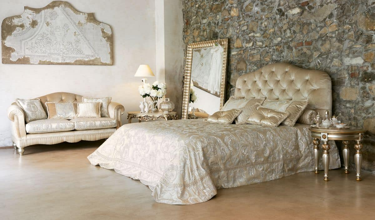 Luxury Classic Bed With Headboard Tufted IDFdesign