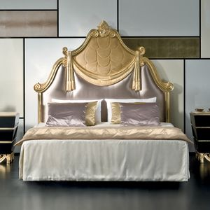 Mikado MK143, Classic style bed with carved headboard