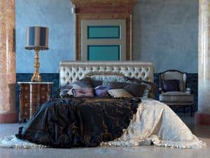 Tintoretto, Luxurious bed, capitonn�, for classic badrooms