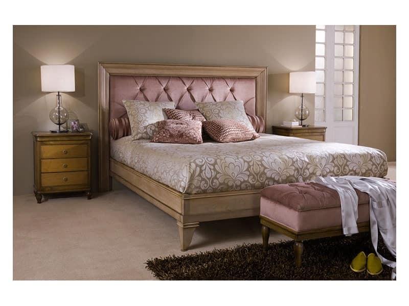 Classical bedroom Luxe - nightstand, Antique nightstands Bed room