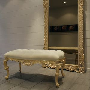 Conchiglia, Bench for bedroom, in Baroque style