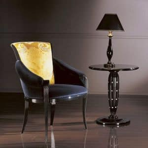 PC338, Classic armchair in wood, padded seat and back