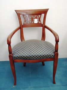 Art. 119, Dining chair with armrests
