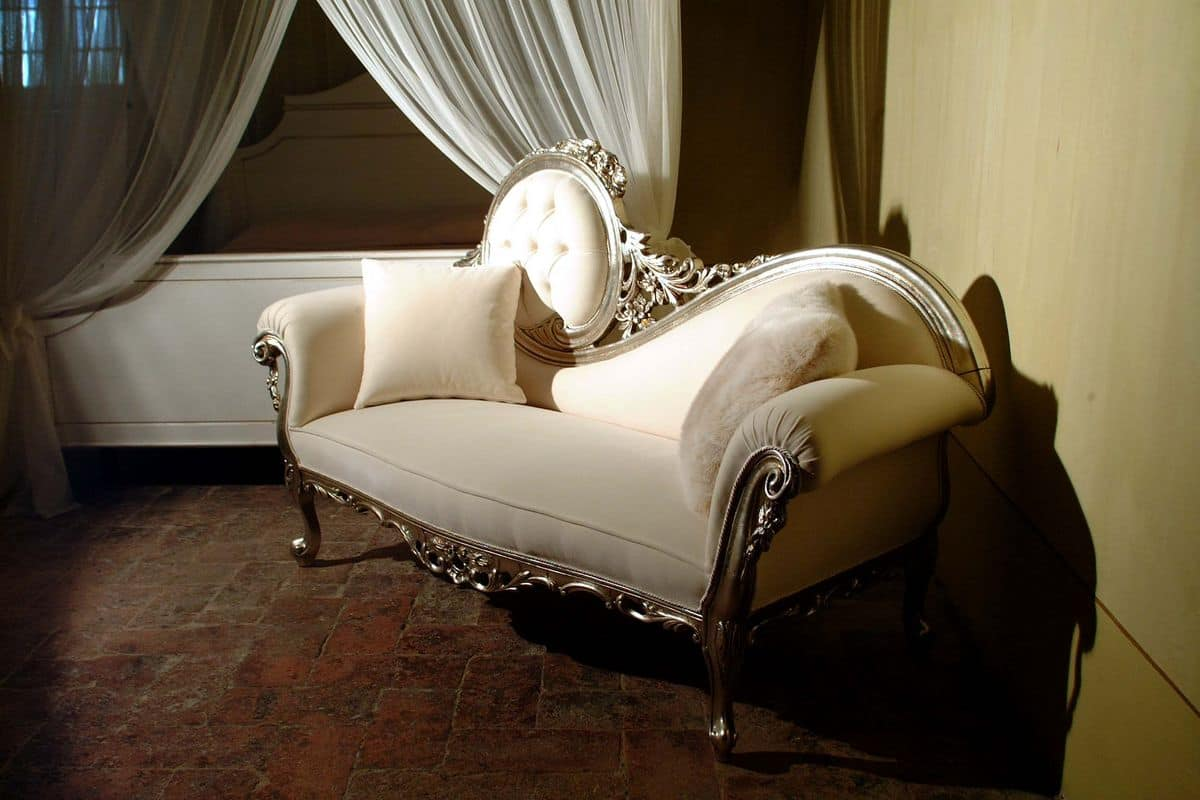 Luxury dormeuse made of hand carved wood baroque style for Aurore luxury chaise