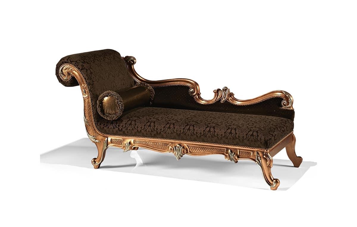 Art 1752 l carved chaise longue entrance idfdesign for Chaise longue classic design italia