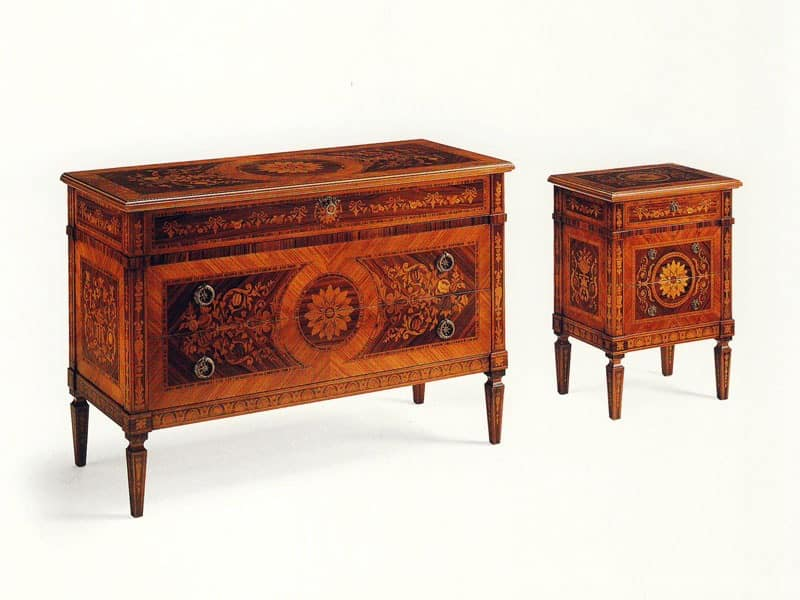 De Foe, Classic solid wood dresser with 3 inlaid drawers