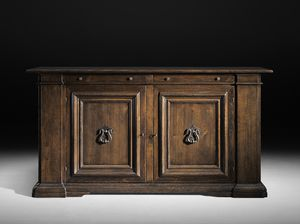 Art. C2 sideboard, Sideboard with original hand-forged knocker