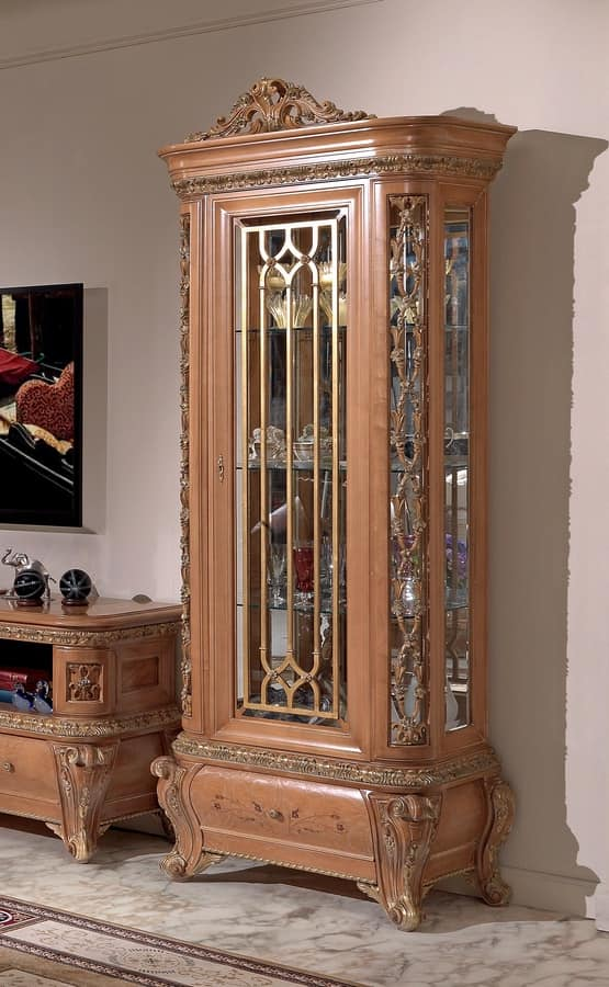 Vintage Furniture Glass Living Room Showcase Design Wood: Showcase Made Of Wood And Glass, Classic Style