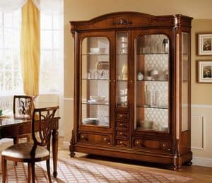 D'Este showcase, Classic walnut display cabinet with 2 doors, various versions