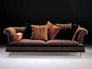 Classic living room furniture inlaid sofa idfdesign for Guttuso arredamenti