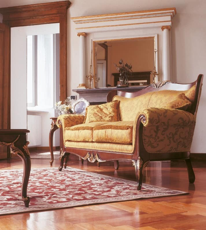 Upholstered sofa with carvings for salons in luxury for Classic style sofa