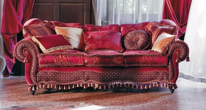upholstered sofa sinuous lines classic style idfdesign. Black Bedroom Furniture Sets. Home Design Ideas