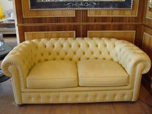 Chester, Tufted sofa, classic, with 2 seats, for living room