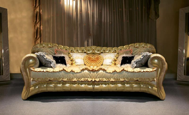 Upholstered quilted sofa hand crafted made in italy for Luxurious loose covered sofas ideas